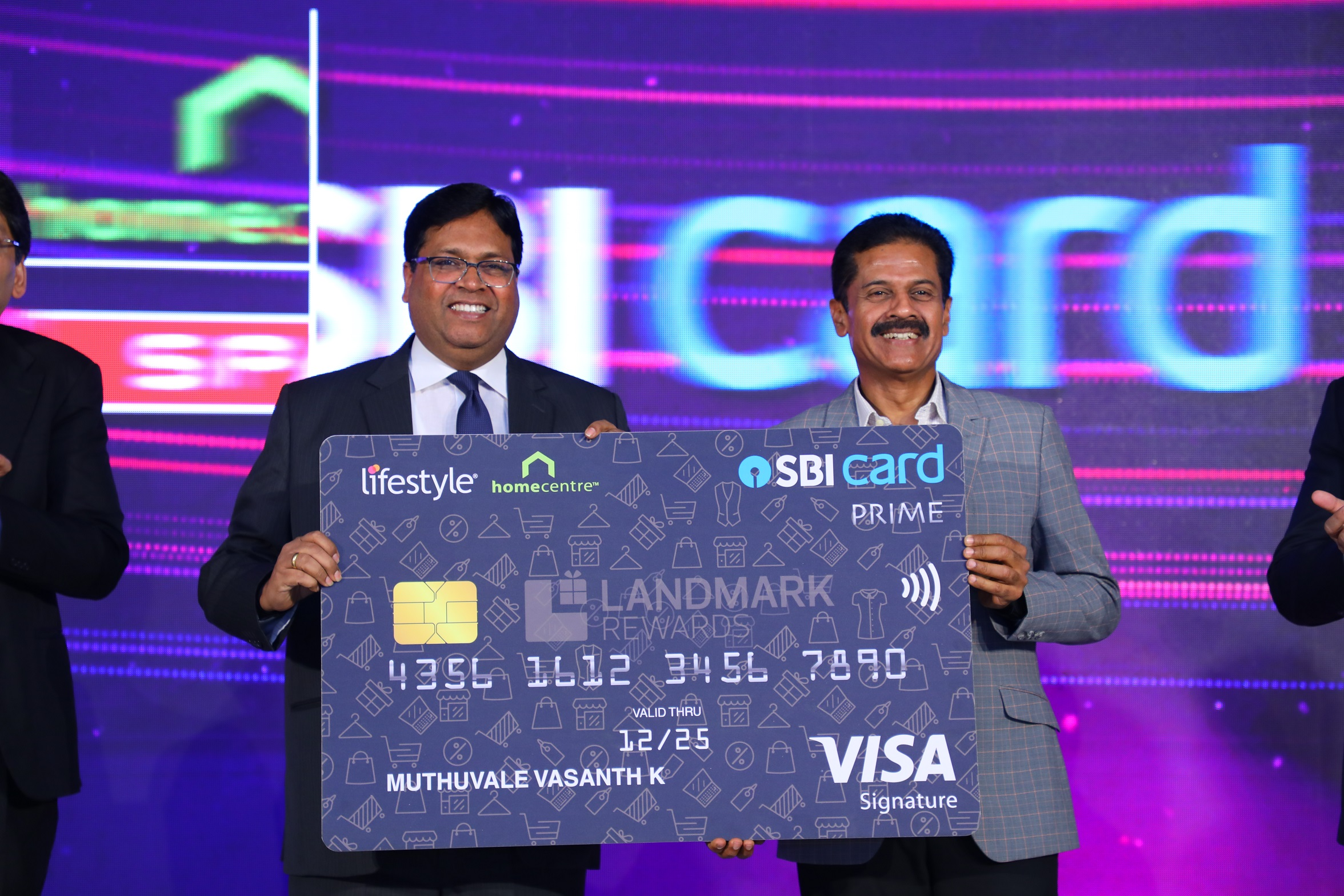 Photo 001- Mr Hardayal Prasad, MD & CEO, SBI Card & Mr. Vasanth Kumar , MD, Lifestyle International Pvt. Ltd